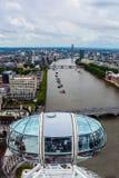 Die London-Augen-Kapsel - Skyline-Ansicht Stockfotografie