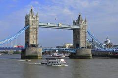 Die London-Turm-Brücke Lizenzfreies Stockbild