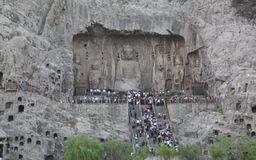 Die Longmen-Grotten (in Luoyang) Lizenzfreie Stockbilder