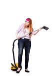 Die lustige Hausfrau mit dem Staubsauger lokalisiert auf Weiß lizenzfreie stockfotos