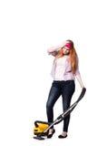 Die lustige Hausfrau mit dem Staubsauger lokalisiert auf Weiß lizenzfreie stockbilder