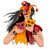 Die Mädchenclownmaske, die in seiner hält, übergibt zwei Masken lizenzfreie abbildung