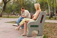 Die Männer und die Frauen. Schwierige gegenseitige Relationen. Stockfotografie