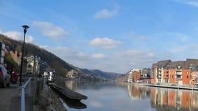 Die malerische Stadt von Dinant, Belgien stockfotografie