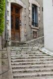 Die malerische Straße in alter Stadt Blois. Lizenzfreie Stockfotos