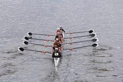 Die Mannschaft Radcliffe-Frauen läuft im Kopf von Charles Regatta Womens Vorlagen-Eights Lizenzfreies Stockfoto