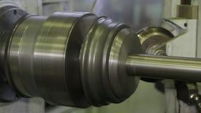 Die Maschine schärft Metall 4 stock video footage