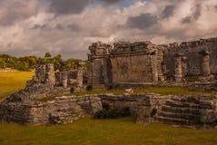 Die Mayaruinen in Tulum, Maya Mexikos, Riviera, Yucatan Tulum war eine der letzten Städte, die vom Maya errichtet wurden und bewo Stockbilder