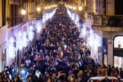 Die Menge in der Mitte von Rom Stockfoto