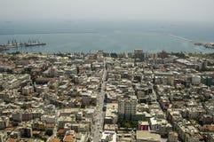 Die Mersin Verdichtereintrittslufttemperat und der Hafen, Mittelmeer, die Türkei stockfotografie