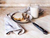 Die Milch und das Brot Stockbild