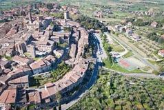 Die mittelalterliche Stadt von Lucignano Stockbild