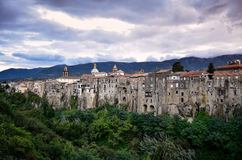 Die mittelalterliche Stadt von Sant-` Agata de ` Goti, Italien Stockfotografie