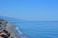 Die Mittelmeerküstenlinie lizenzfreie stockfotos