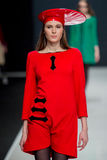 Die Modeschau Pierre Cardin in der Moskau-Mode-Woche mit Liebe für Russland-Fall-Winter 2016/2017 Stockfotografie