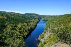 Die Moldau-Fluss-Ansicht stockfoto
