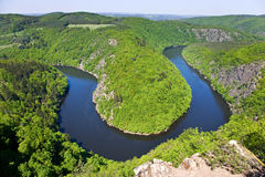 Die Moldau-Fluss, die Mai-Ansicht, Tschechische Republik stockfotos