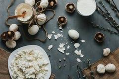 Die Molkereibestandteile kochen geschmackvoll stockfotos