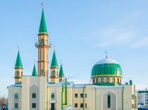 Die Moschee Gamig unter dem Blau stockbilder