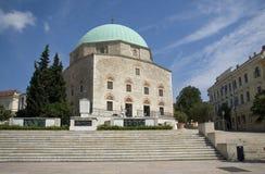 Die Moschee von GÃ-¡ zi KÃ ¡ szim pasa lizenzfreie stockfotografie
