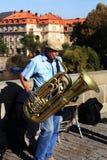 Die Musiker auf Charles Bridge, Prag, Tschechische Republik Stockfotos