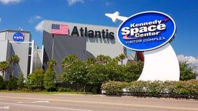 Die NASA Kennedy Space Center Visitor Complex in Cape Canaveral, Flo lizenzfreie stockfotos