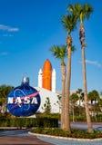 Die NASA-Kugel nahe bei Kennedy-Denkmal stockfoto