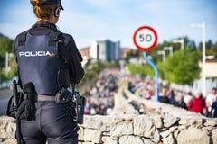 Die nationale Polizei passt die Pilgerfahrt auf stockfoto