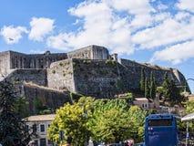 Die neue Festung und der Jachthafen auf der griechischen Insel von Korfu Lizenzfreie Stockfotografie