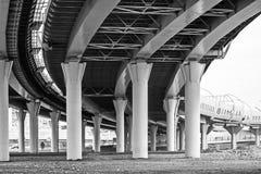 """Die neue Landstraße ist das westliche hohe †""""Geschwindigkeit Durchmesser stockfotos"""