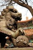 Die Neun-Drache-Wand (Jiulongbi) an Beihai-Park, Peking, China lizenzfreie stockbilder