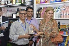 Die niederländischen Königin-Maxima: besuchtes ipay com BD-Speicher in Dhaka stockfotografie