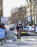 Die Nizza Einleitung 2013 Radfahrer Irizar Markel- Paris in Houilles Stockfotografie