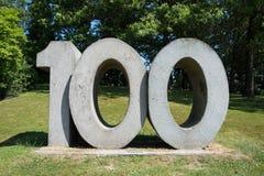 Die Nr. 100 Stockbild