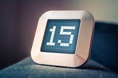 Die Nr. 15 auf einem Digital-Kalender, -thermostat oder -timer Stockbild