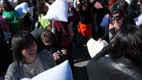 Die 2014 NYC-Kissenschlacht 23 Stockfotos