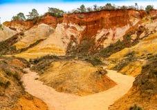 Die ockerhaltigen Steinbrüche von Rustrel Stockfotografie