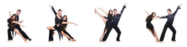 Die Paare von den Tänzern lokalisiert auf dem Weiß Stockfotos