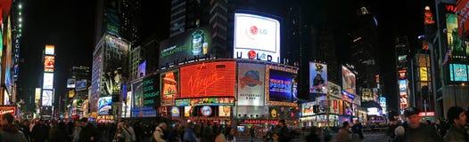 Die Panoramaansicht des Times Square Lizenzfreie Stockfotografie