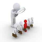 Die Person, die Geschäftsmänner und man überprüft, ist unterschiedlich Lizenzfreie Stockfotos