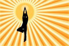 Die Person, die an Yoga teilnimmt Stockbild