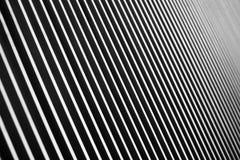 Die Perspektive von parallelen Schwarzweiss-Linien stockfotos