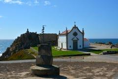 Die portugiesische Weise des Pilgers entlang der Küste in Santiago de Compostela, der erste Tag von Matosinhos - Vila de Conde Stockfotos