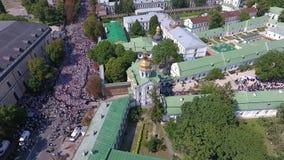 Die Prozession der ukrainischen orthodoxen Kirche des Moskau-Patriarchats 30 stock footage
