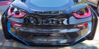 Die Rückseite des eleganten Autos des schwarzen Sports lizenzfreie stockfotos