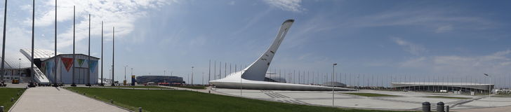 die Rücksortierung beim Schwarzen Meer Olympisches Dorf fackel Panorama Lizenzfreies Stockfoto