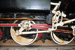 die Raddetails einer Zuglokomotive stockbild