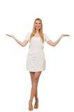 Die recht junge blonde Frau lokalisiert auf Weiß Lizenzfreie Stockfotografie