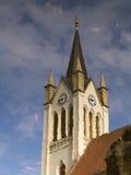 Die Reflexion der Kirche im Teich Lizenzfreie Stockfotos