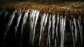 Die Reflexion des Wasserfalls stock video footage